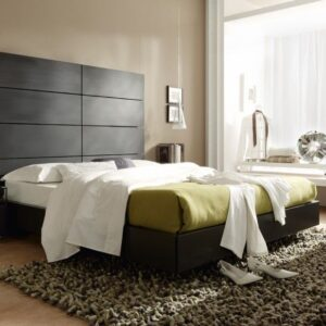 Dormitorio de matrimonio con cabecero alto 1