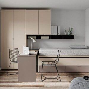 dormitorio con cama compacta dos camas,armario con puente y escritorio